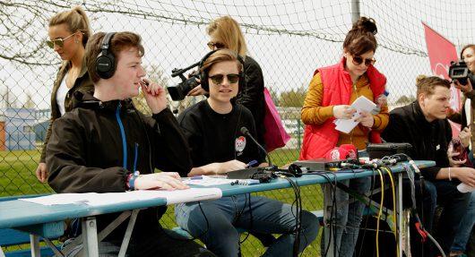 99drei Sportreporter Florian Bernhardt, Lukas Fröhlich und Marvin Christmann (Bild: 99drei Radio Mittweida)