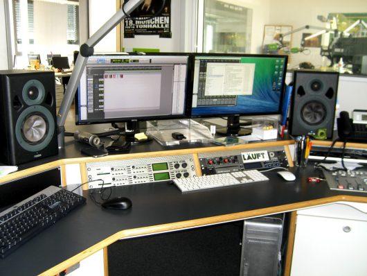 Produktionsstudio von egoFM (Bild: Hendrik Leuker)