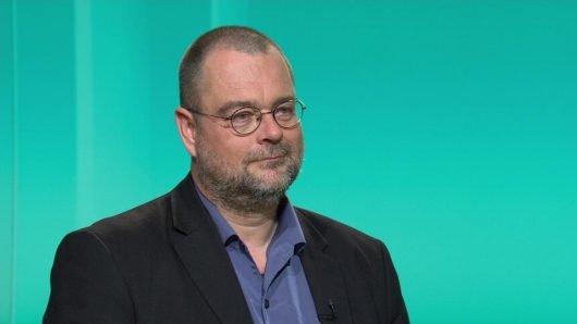 Interview mit Steffen Möhring am 22. April im Nordmagazin zum Korruptionsverdacht beim LKA Mecklenburg-Vorpommern (Bild: Screenshot NDR Fernsehen)