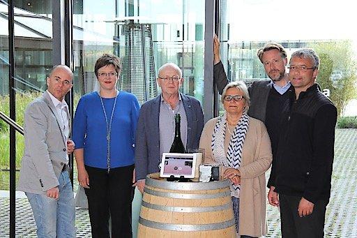 v. l. n. r.: Joachim Feher, Ilse Brunner, Ewald Volk (Organisationsleitung Jury), Elisabeth Ochsner, Sebastian Loudon, Hannes Raffaseder (Jury-Vorsitzender). Bild: FH St.Pölten / Martin Janscha