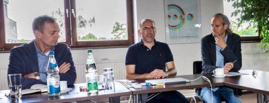 Stefan Sutor (BLM), Dr. Tim Faber (Kochblogradio.de; Nürnberg) und Frank Landes (Top 100 Station; Berlin)  (Bild: IQW)