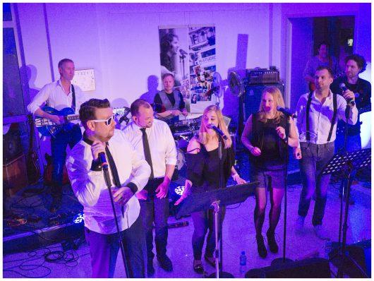 NRW-Allstars live im Funkhaus von radio NRW in Oberhausen (Bild: NRW-Lokalradios)