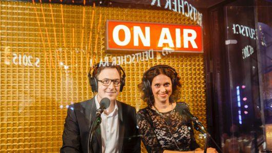 Elke Wiswedel (NDR2) und Horst Hoof (HIT RADIO FFH) / Bild: © DEUTSCHER RADIOPREIS/Morris Mac Matzen