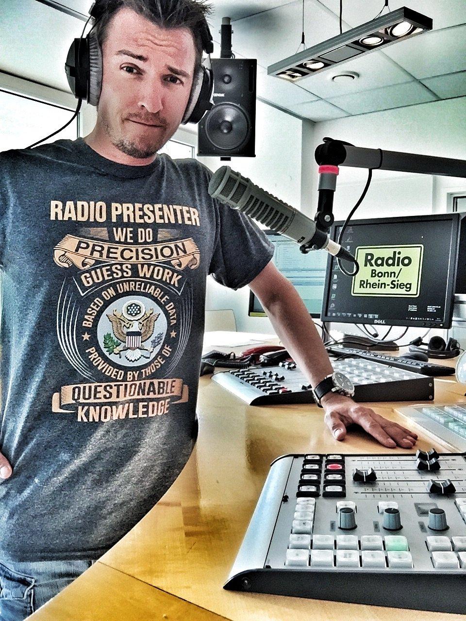 Frank Wallitzek, seit 25 Jahren ON AIR, seit 2008 Morgenmoderator beim zweitgrößten NRW-Lokalradio Radio Bonn/Rhein-Sieg.