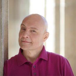 Kommt zurück und moderiert bald bei hr1: Thomas Koschwitz (Bild: hr/telemedia/Laurence Chaperon)