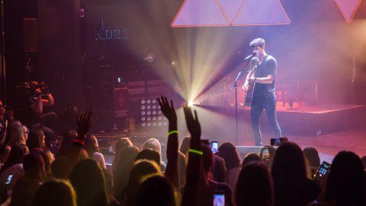 Shawn Mendes spielte im Deutschen Theater (Bild: ©Axel Herzig)