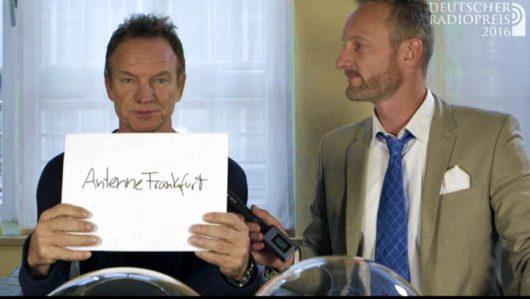 Sting zieht Antenne Frankfurt (Bild: ©Deutscher Radiopreis/Screenshot)