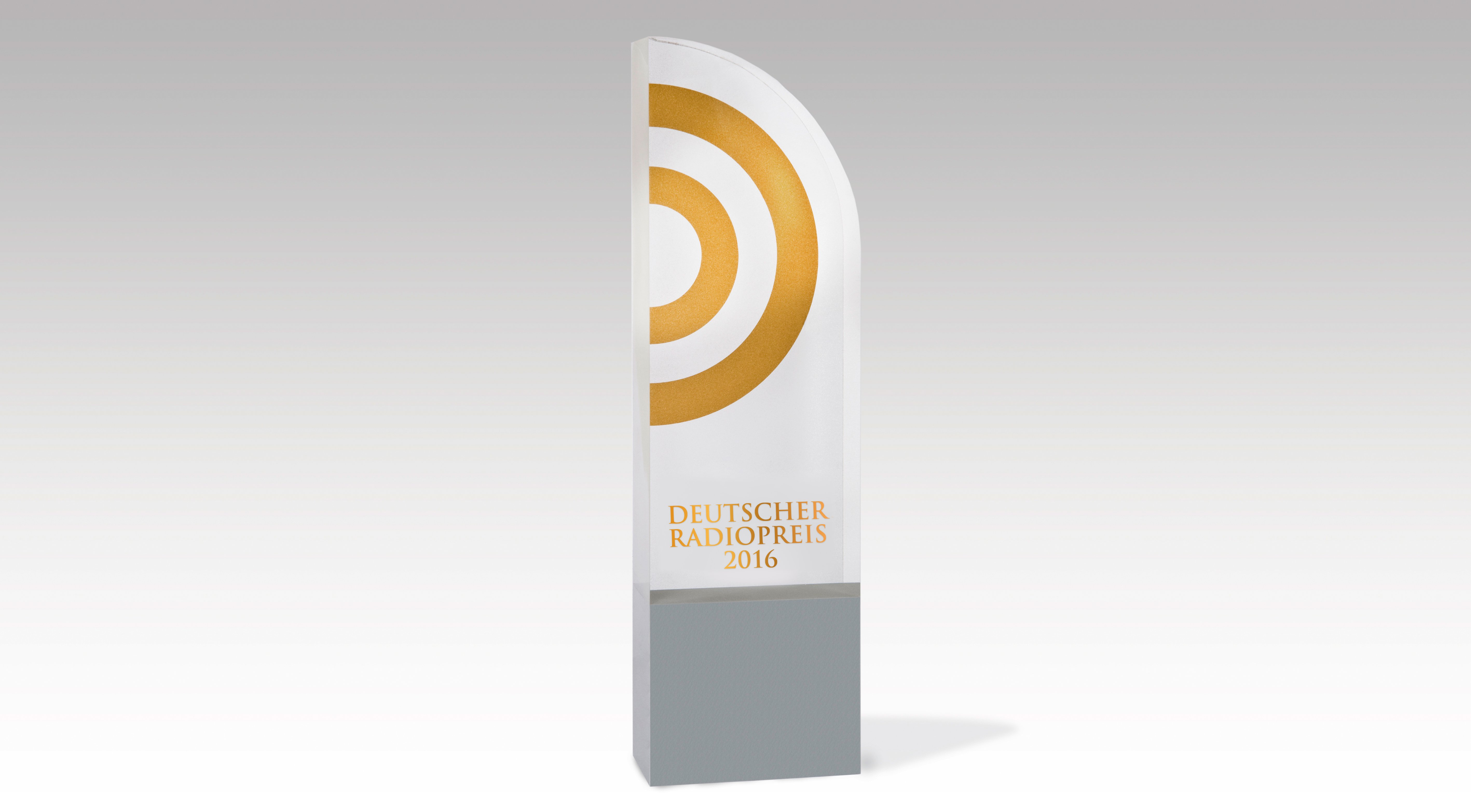 """NORDDEUTSCHER RUNDFUNK - DEUTSCHER RADIOPREIS 2013 - Der Award. NDR/Gita Mundry, honorarfrei - Verwendung gem der AGB im Rahmen einer engen, unternehmensbezogenen Berichterstattung im NDR-Zusammenhang bei Nennung """"Bild: NDR/Gita Mundry"""" (S2), NDR Presse und Information/Fotoredaktion, Tel: 040/4156-2306 oder -2305, pressefoto@ndr.de"""