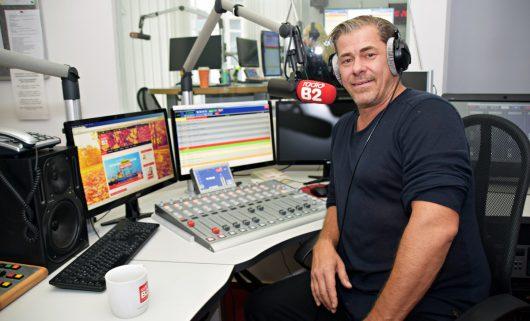 Sven Martinek bei radio B2 (Bild: ©Erich Grönke)