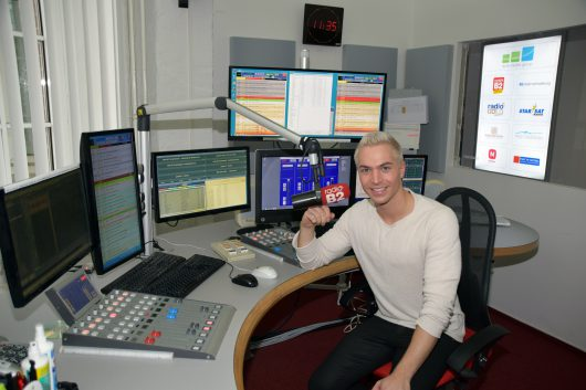 Julian David im radio B2-Studio (Bild: Erich Groenke)