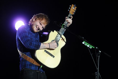 Ed Sheeran am 12. Februar 2015 in Prag (Bild: ©yakub88/123RF)