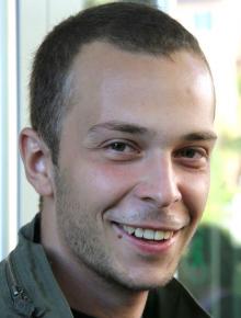 Radio Orange Programmkoordinator Paweł Kamiński (Bild: 70jahrenachauschwitz.com)