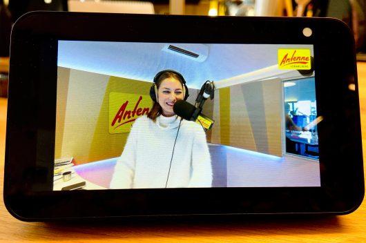 Visual-Radio: Nina Früh im Studio bei ANTENNE VORARLBERG)