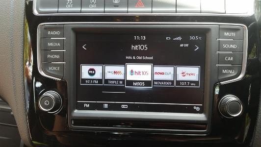 VW Polo mit UKW-Stationen aus Brisbane