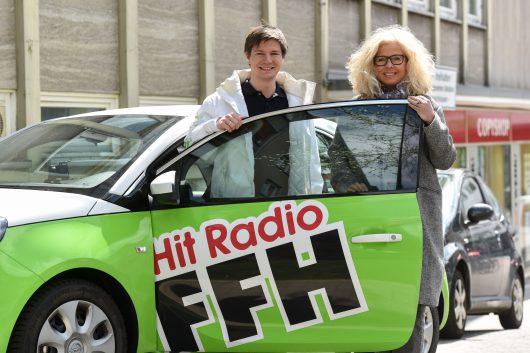 Connie Strack (52) und Marcel Ruge (30), ehemalige und neuer Leiter des FFH-Regionalstudios Nordhessen in Kassel. (Bild: ©FFH)