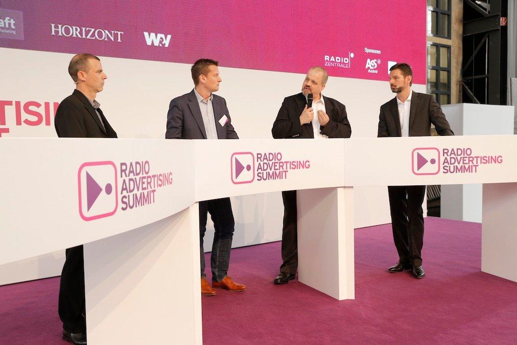Helmut van Rinsum (Fachmoderation), Stefan Uhl (Starcom MediaVest), Uwe Storch (Ferrero), Oliver Adrian (AS&S Radio)