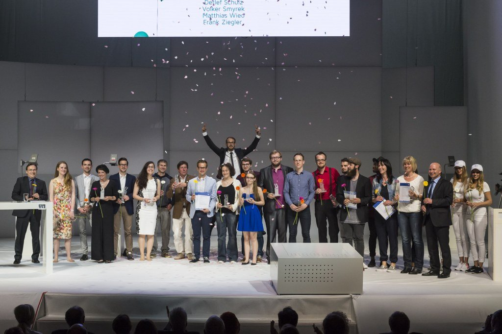 Preisträger - Gruppenfoto.jpg