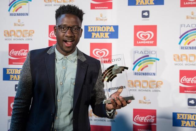 Regenbogen-Award-2016 1