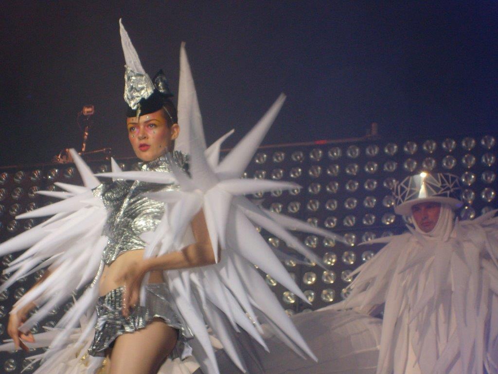 Tänzerin auf Bühne