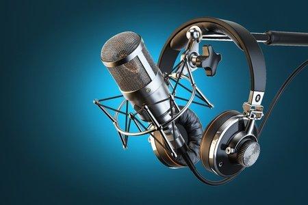 Voicetracking: Für Radio ungeeignet? (Bild: ©123RF/aleksanderdn)
