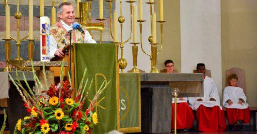 Pfarrer Dr. Richard Kocher in München 2016 (Bild: Radio Horeb)