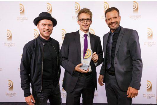Johannes Oerding, Matthias Ulrich und Johannes Ott (Bild: ©Deutscher Radiopreis/Deutscher Radiopreis / Morris Mac Matzen)