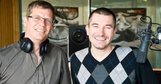 Christoph Azone und Stefan Rupp live von der Dachlounge (Bild: © rbb/Thomas Ernst)
