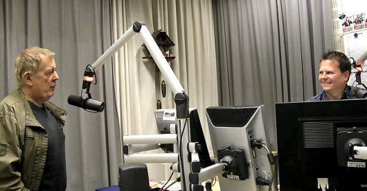 """Rainer Nitschke bei Jörn Krieger im Interview bei Schwarzwaldradio am 07.102017: """"Radio-Coaching und Best-Tester spielen sind völliger Unsinn [...] ich habe den Verdacht, das wird in den Rundfunkanstalten nur gemacht, damit die Bosse sagen können: 'Ich bin nicht verantwortlich.'"""""""