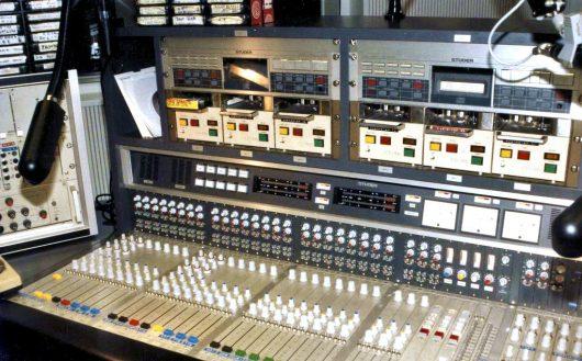 Studio von Radio Luxembourg 208
