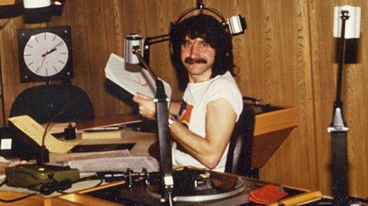 Peter Urban im NDR-Studio in den 80er Jahren (Bild: ©NDR)