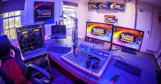 DELUX Radio-Sendestudio