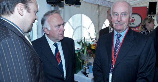 2004: Mario A. Liese mit damaligem Ministerpräsident von Sachsen-Anhalt, Wolfgang Böhmer und Reinhard Köser (Bild: © radio SAW)