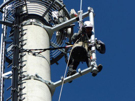 90vier-Antenne am Turm Ganderkesee wird installiert (BIld: ©90vier)