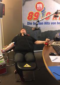 """89.0 RTL verliert die """"0"""" am Weltblutspendetag (Bild: 89.0 RTL)"""