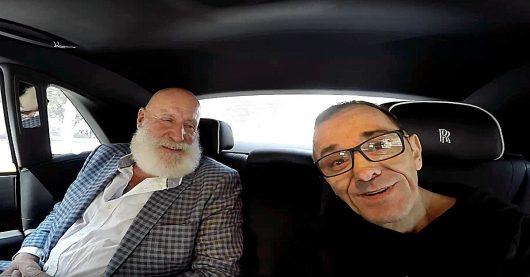 Legendchen trifftLegende: Peter Stockinger im Rolls Royce mit Achim Glück (Bild: ©Achim Glück)