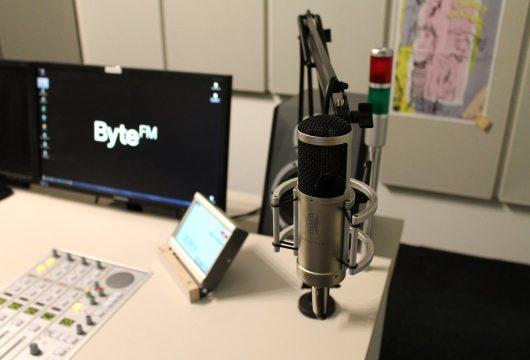 Blick ins ByteFM Studio (Bild: ©Marius Magaard)