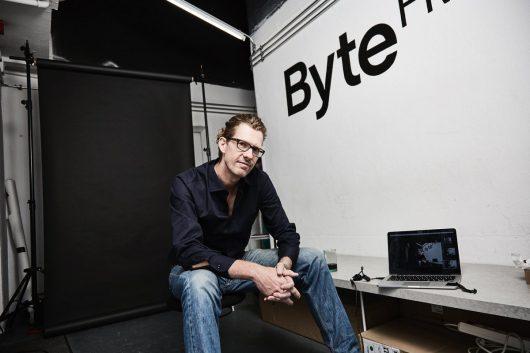 ByteFM-Chef Ruben Jonas Schnell: Der Erfolg der Streamingdienste spielt uns in die Hände (Bild: ©DirkPudwell)