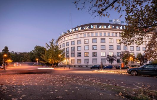 Das Deutschlandradio-Funkhaus in Berlin (Bild: Deutschlandradio, Bettina Straub)