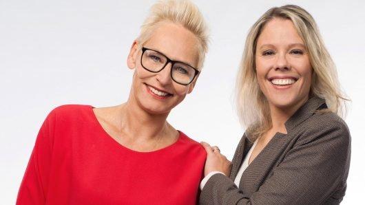 Nominiert für den Deutschen Radiopreis 2018: Moderatorin Bärbel Schäfer und Redakteurin Monika Martino (Bild © hr/Sebastian Reimold)
