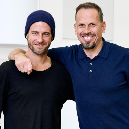Mehmet Scholl und Achim Bogdahn (Bild: BR/Denis Pernath)