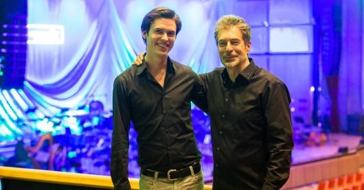 Playlist-Manager Hannes Opferkuch mit Klassik Radio SELECT-Dirigent Nic (Bild: ©Klassik Radio)