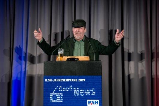 Günther der Treckerfahrer (Dietmar Wischmeyer) beim R.SH Jahresempfang 2019