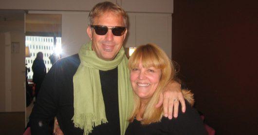 Lidia Antonini mit Kevin Costner (Bild: ©hr3)