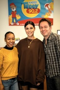 Moderatorin Cristina von der Radio TEDDY-Morgenshow, Lena und Moderator Tobi (Bild: ©Radio TEDDY)