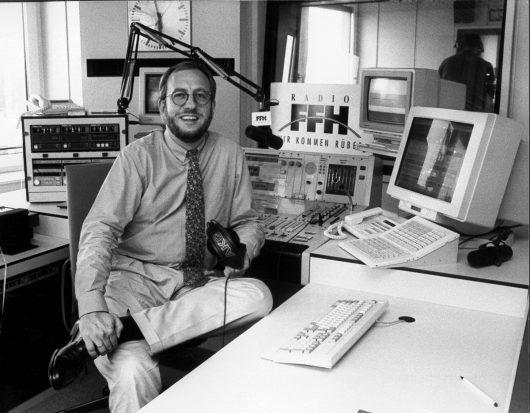 Hans-Dieter Hillmoth im FFH-Studio 1991 (Bild: ©FFH)