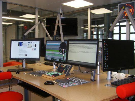 Blick ins Studio von Radio Wuppertal (Bild: ©Hendrik Leuker)