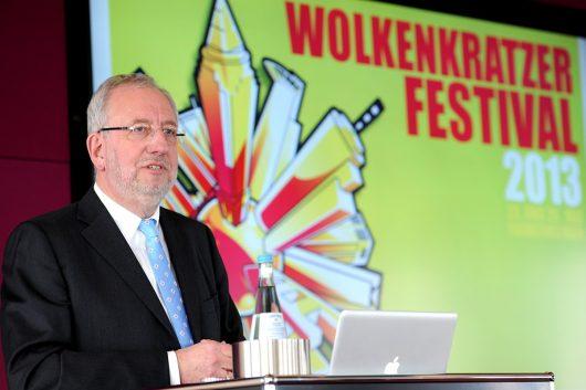 Hans-Dieter Hillmoth stellt das Wolkenkratzer-Festival 2013 vor. (Bild: ©FFH)