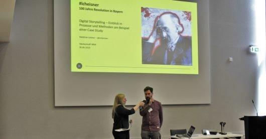 Moderatorin Colleen Sanders mit Matthias Leitner (Bild: ©Philipp Kania)