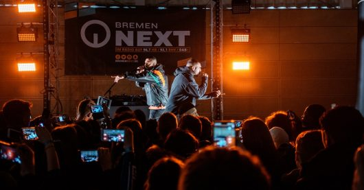 "Bremen NEXT School's Out""-Konzert mit MoTrip & Ali As (Bild: ©/Radio Bremen/Christian Wasenmüller)"