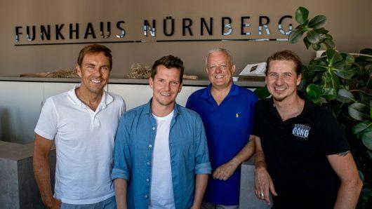 Funkhaus-Geschäftsführer Alexander Koller mit seinen Radiomachern Flo Kerschner (Hit Radio N1), Gerald Kappler (Charivari 98.6 und Radio F sowie Guido Seibelt (Radio Gong) (v.l.n.r.)